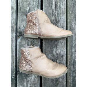 🌸2/$30 GAP kids rose gold glitter boots